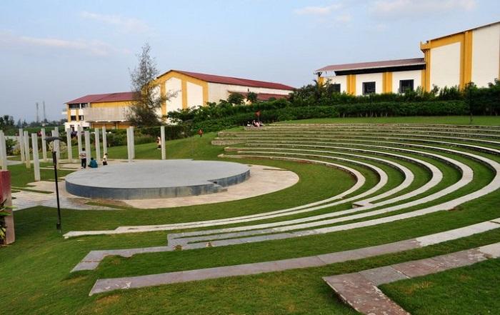 Sula amphitheatre